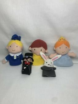 """Finger Puppets Lot Of 5 Family People Puppets 3"""" 2007 Drea"""
