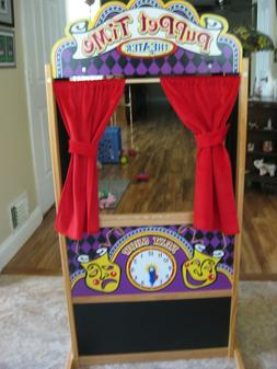 Melissa And Doug DELUXE PUPPET THEATER - excellent condition
